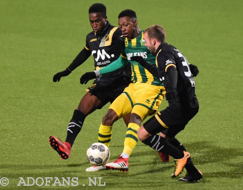 Shaquille Pinas Teruggezet Naar Het Tweede Team Ado Den Haag Nieuws