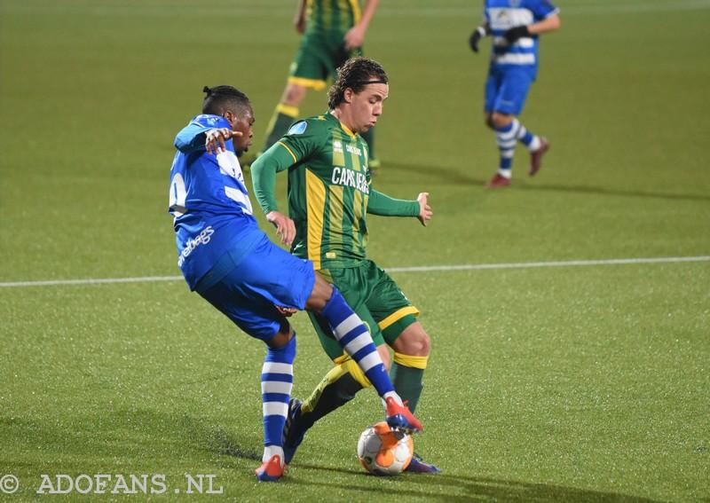 Foto`s en verslag ADO Den Haag fortuinlijk langs FC Zwolle 1-0